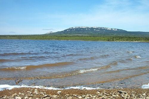 Zuratkul-lake